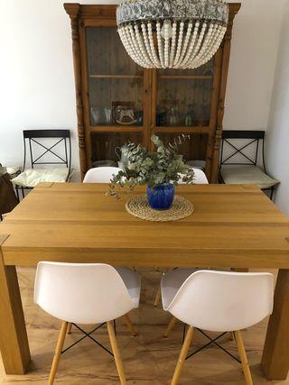 Mesa de comedor Ikea y sillas