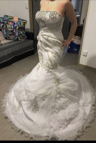 Vestido de novia muy original