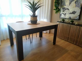 Mesa de comedor de madera - Decoración nórdica