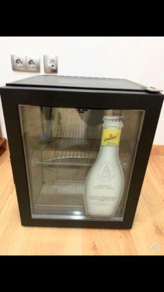 Refrigerador nevera