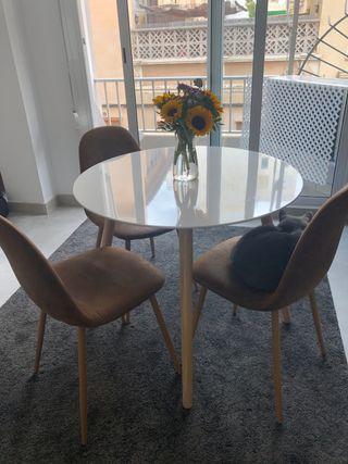 Mesa de comedor con 3 sillas de Maisons du Monde