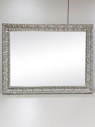 Espejo para baño con moldura plata 130x100