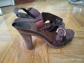 sandalias tacón