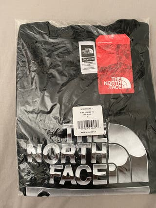 Camiseta The North Face X Supreme
