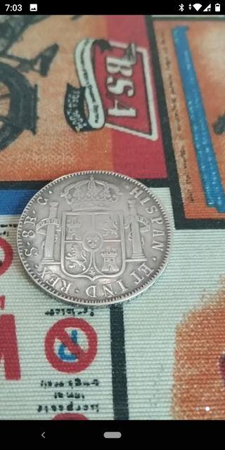 moneda 8 reales Carlos cuarto
