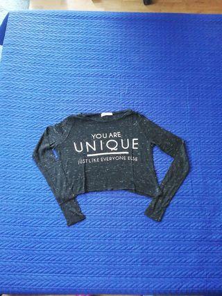 Camiseta crop, talla S, Pull and Bear