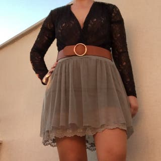 Falda de tul bordada