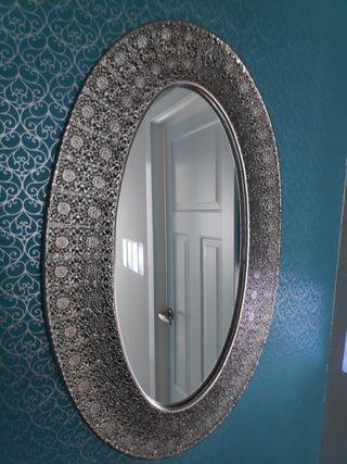Espejo circular árabe plateado