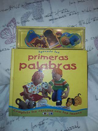 Libro infantil magnético.