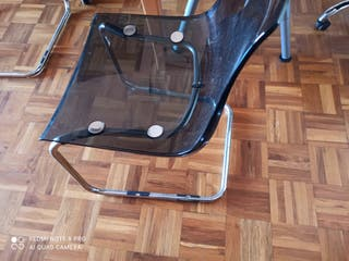 4 sillas metacrilato Ikea seminuevas
