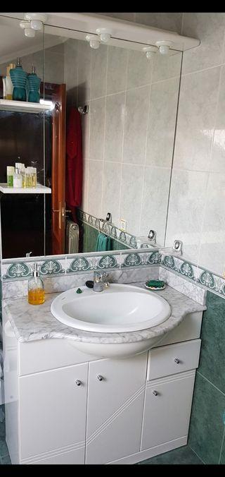 Mueble de lavabo completo con espejo