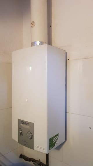 Calentador de gas natural marca Vaillant