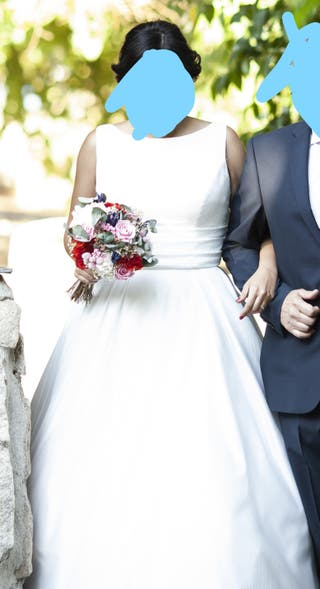 "Vestido de novia de la casa ""Sara Blanco"""