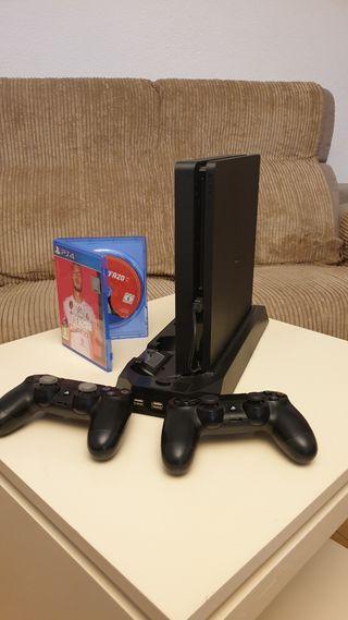 PS4 + 2 mandos + base + FIFA 20