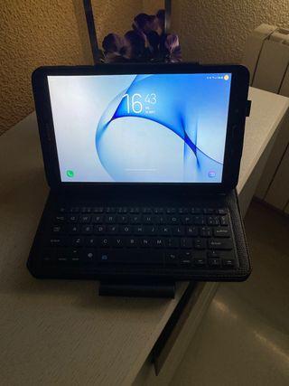 Funda con teclado para tablet 10.1