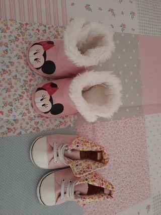 Dos pares de botas bebé niña