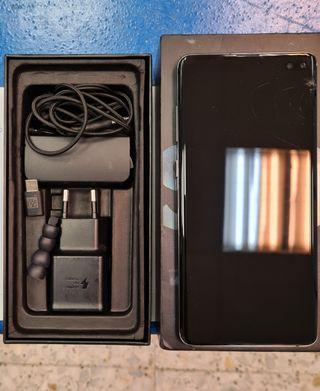 Samsung S10 plus con golpe