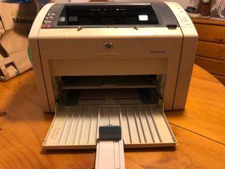 Impresora láser HP LaserJet 1022