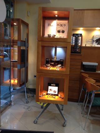 Expositor escaparate madera