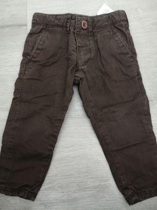 pantalones tipo chino marron