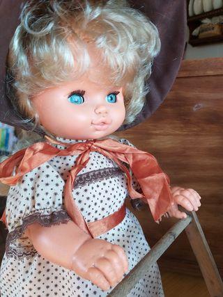Antigua muñeca mama Jesmy de Jesmar