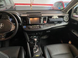 Toyota RAV4 8000KM