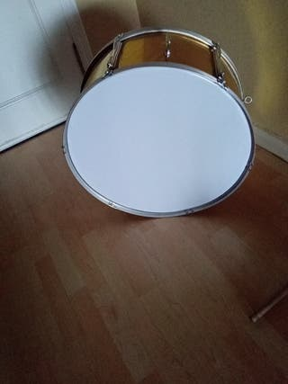 bombo/tambor de marcha,animacion