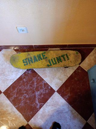 skate lija shake junt