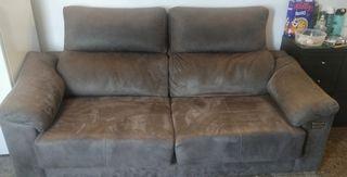 sofá cama en muy buen estádo