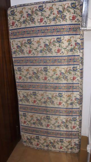 Colchón sofá palets