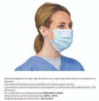 Mascarilla quirúrgica azul a 0'38 €