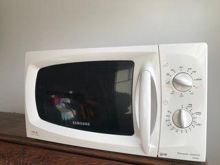 Microondas Samsung 850W