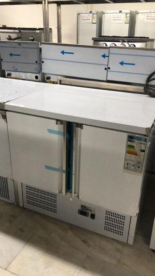mesa refrigerada de 90 cm nueva