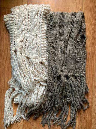 4 bufandas de distintos tonos, un cuello y un pico