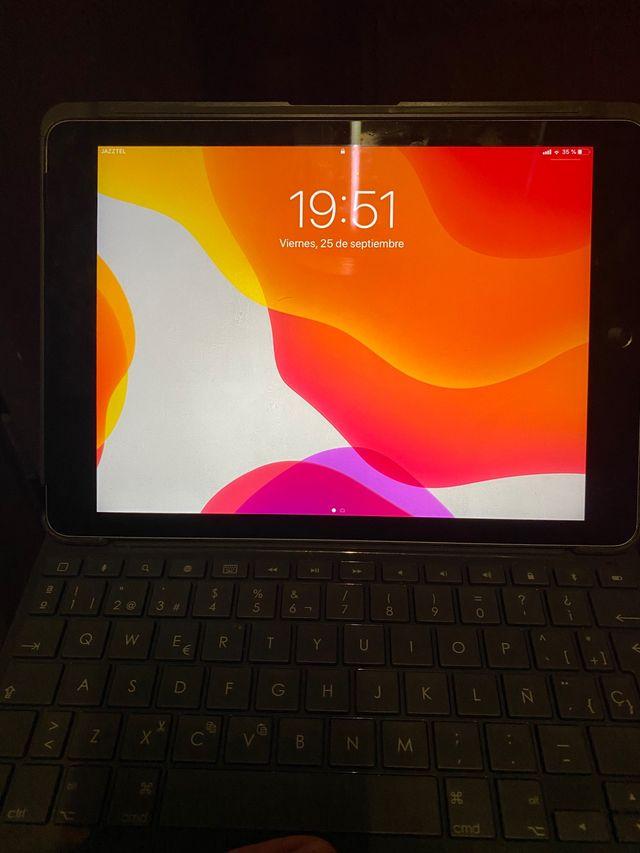 Ipad air 2 128gb + sim + teclado
