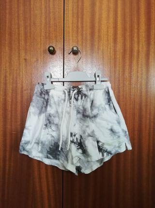 pantalones cortos chandal bershka