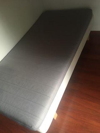 Cama somier+colchón de 1.90x90 de ancho.
