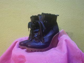 Botines Negro Cuña Borrego Cordones
