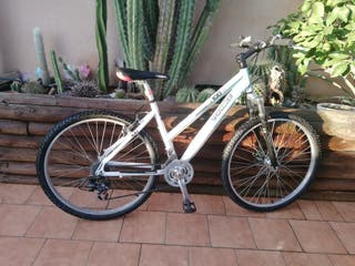 """Bicleta mujer 26"""""""