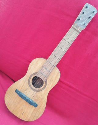 Antigua Guitarra Juguete madera