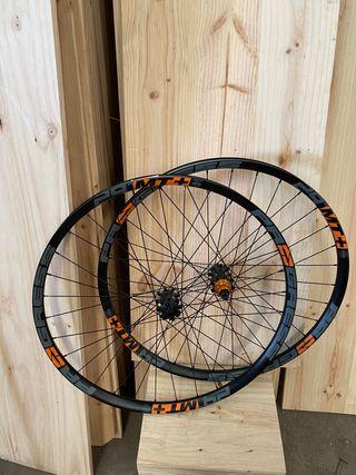 "Juego ruedas Progress MT+ 35mm 29"""