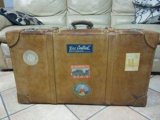 Maleta antigua vintage 80 años