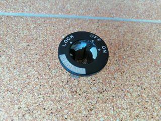 Alojamiento Cerradura Piaggio Ape 50 Vespa PX 125