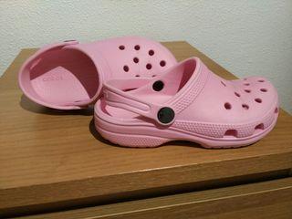 Zapatillas Crocs talla 30