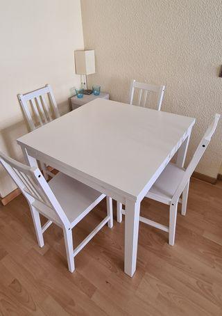 Mesa de comedor Ikea Bjursta blanca como nueva