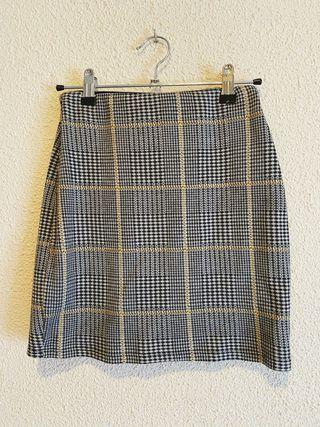 Falda de cuadros ajustada