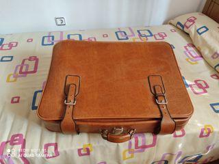 maleta antigua de piel