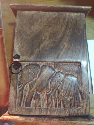 colgado de llaves madera