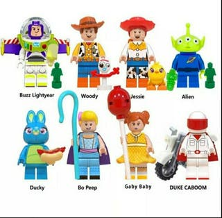 Lote 8 Figuras Toy Story+bases+ accesorios