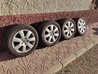 """SE VENDEN 4 LLANTAS 16 """" VW AUDI Y NEUMATICOS"""